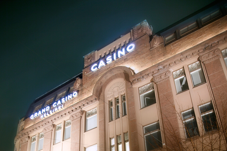 Игровые автоматы grand casino ru блэкджек рулетка играть супер бойцы с картами